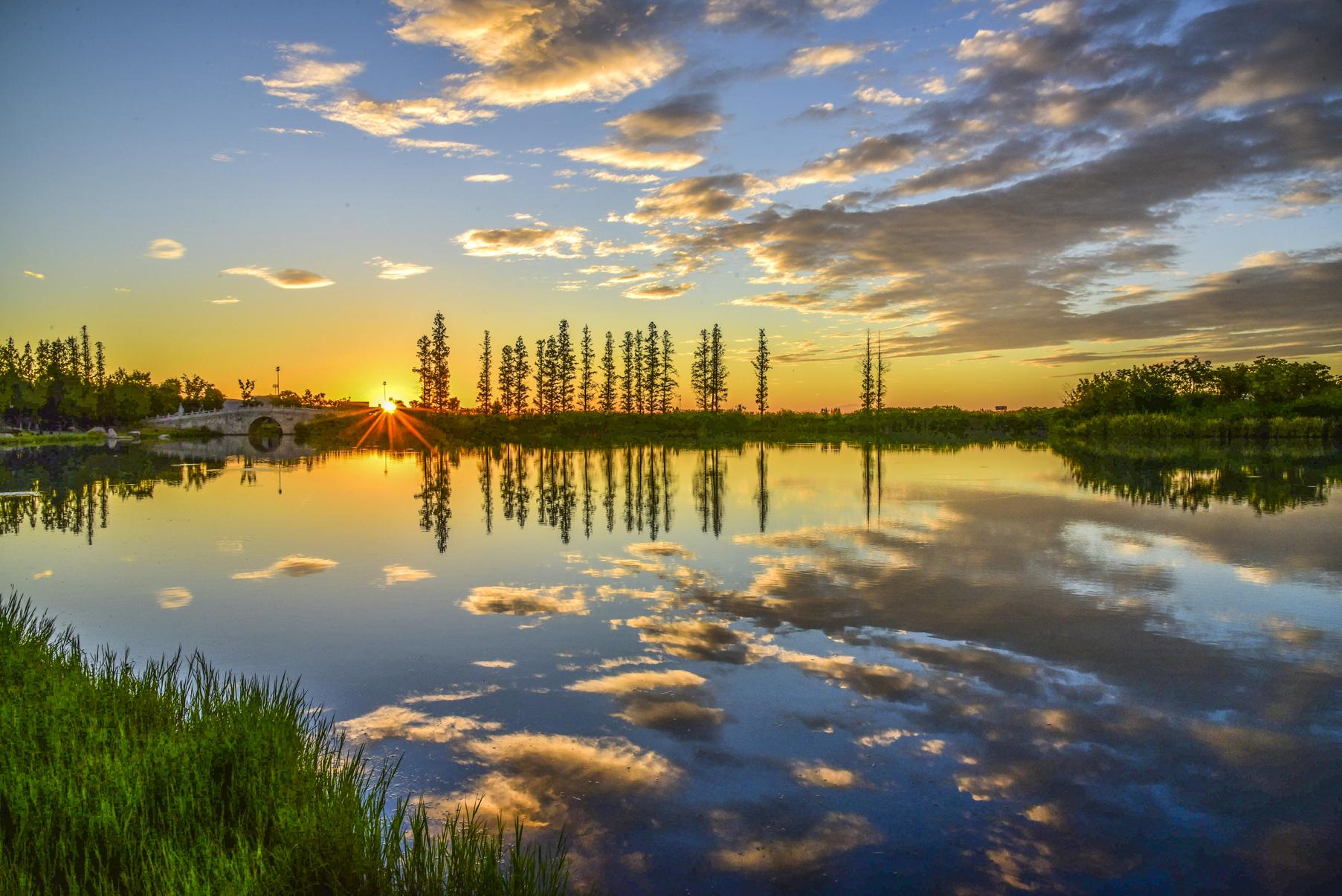 10月8日,鹃湖沸腾!万城鹃湖畔项目案名发布盛典,进入倒计时!