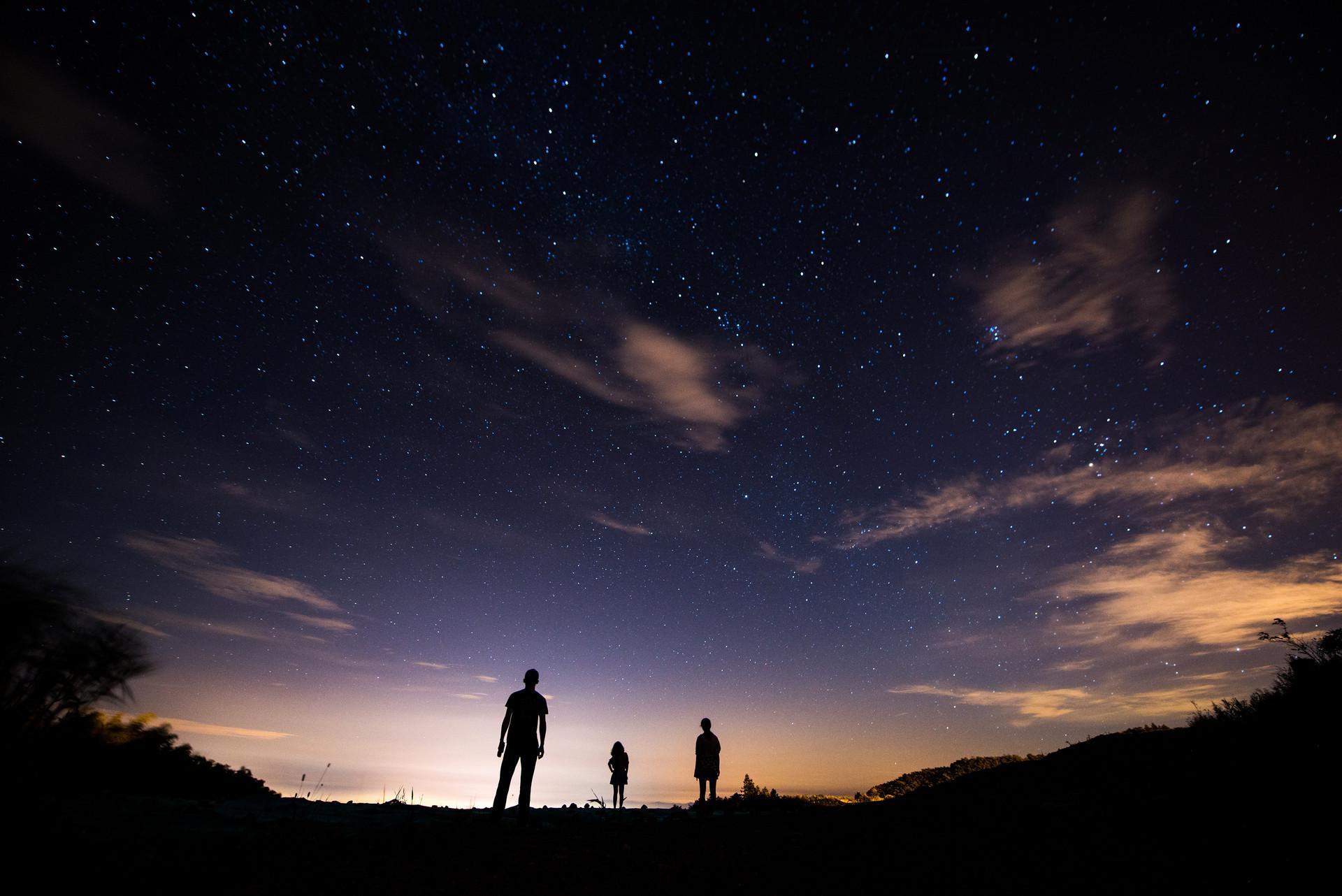 萬城·紫園|給孩子,不僅要獨立書房,還要有一片好奇的星空
