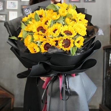 七夕将至,这里有束花等待您的签收!